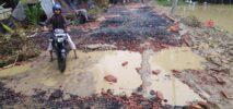 চকরিয়ায় বন্যার তান্ডবে রাস্তাঘাট ও বেড়িবাঁধের ক্ষতি শতকোটি টাকা ;পানিতে ভেসে গেছে ২০কোটি টাকা মাছ